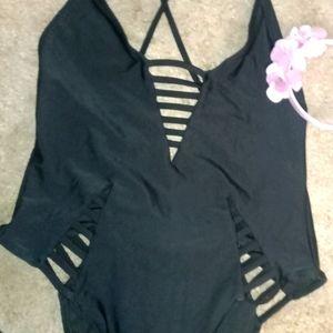 Women's one-piece bathing suit